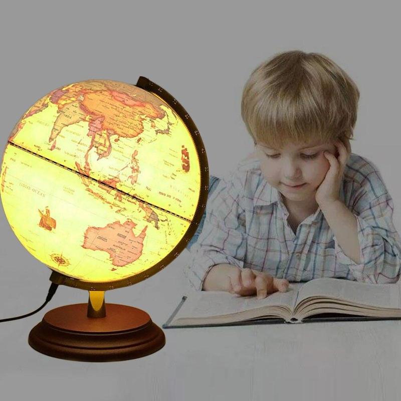 Ancien Globe Terrestre Avec Lampe