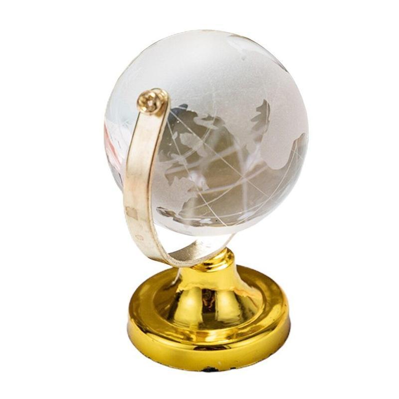 Globe Terrestre Blanc Et Or