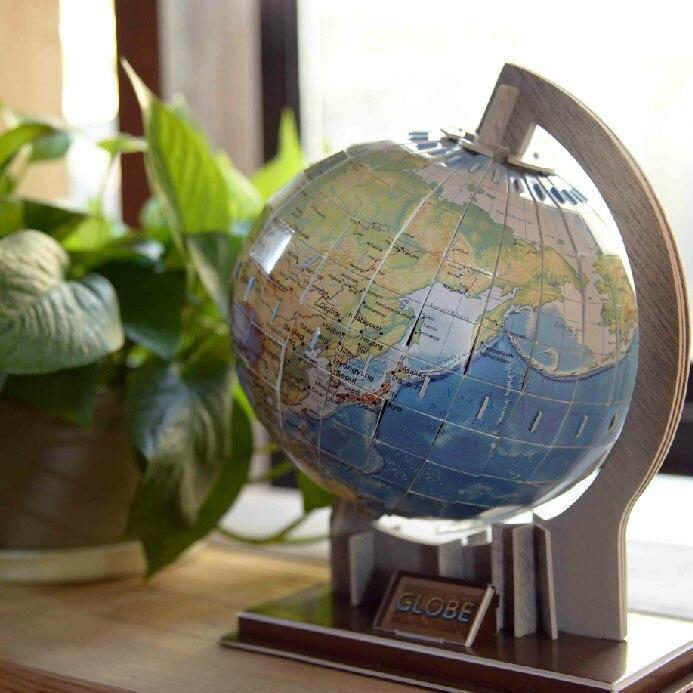 Globe Terrestre En Carton